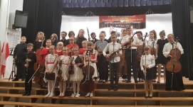 The Owner of the JONIEC® Company awarded young musicians from Tymbark. - Zdjęcie 1