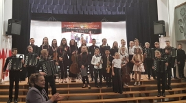 The Owner of the JONIEC® Company awarded young musicians from Tymbark. - Zdjęcie 3